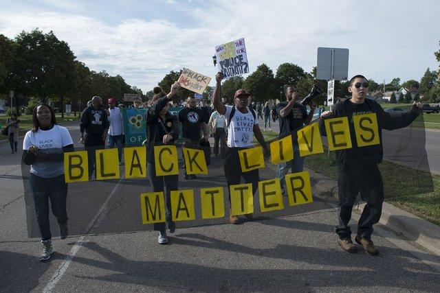 Black_Lives_Matter_protest_against_St._Paul_police_brutality_(21549757326).jpg