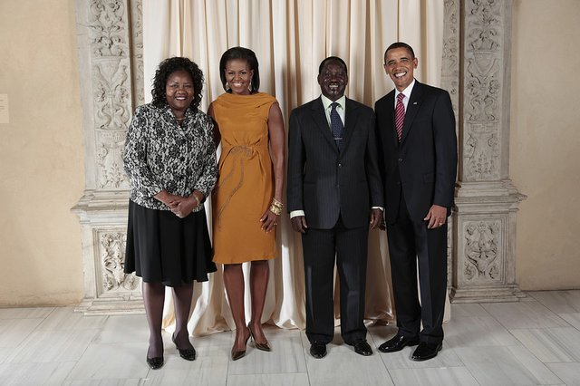 1024px-Raila_Amolo_Odinga_with_Obamas.jpg