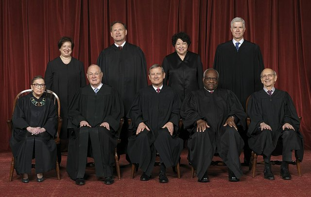1024px-Supreme_Court_of_the_United_States_-_Roberts_Court_2017.jpg
