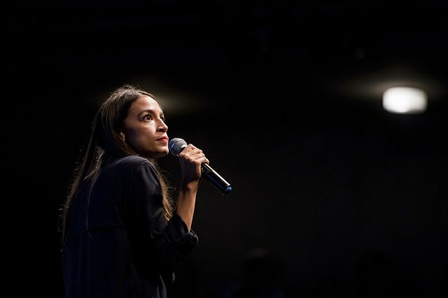CA: Alexandria Ocasio-Cortez fundraiser and rally in Los Angeles