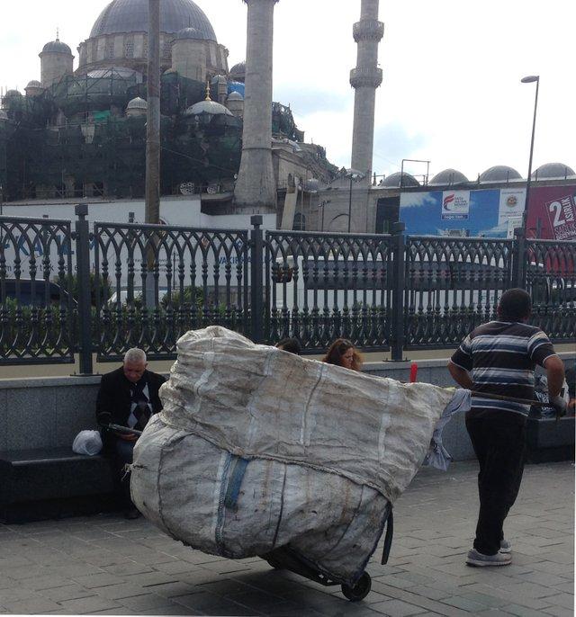 Istanbul worker (1).jpg