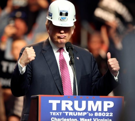 Trump hard hat.png