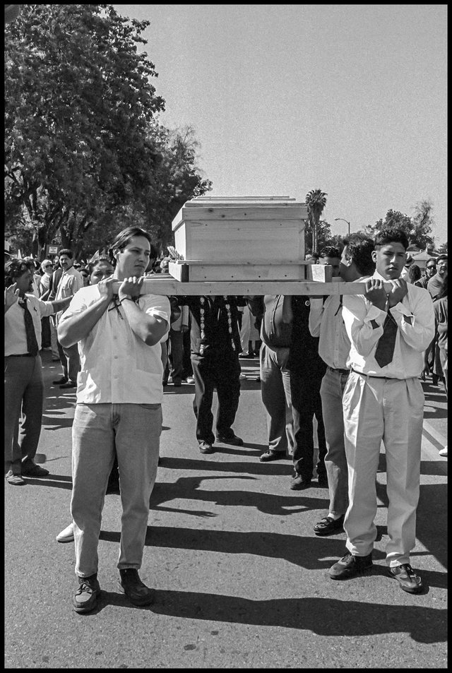 chavez funeral march07.jpg