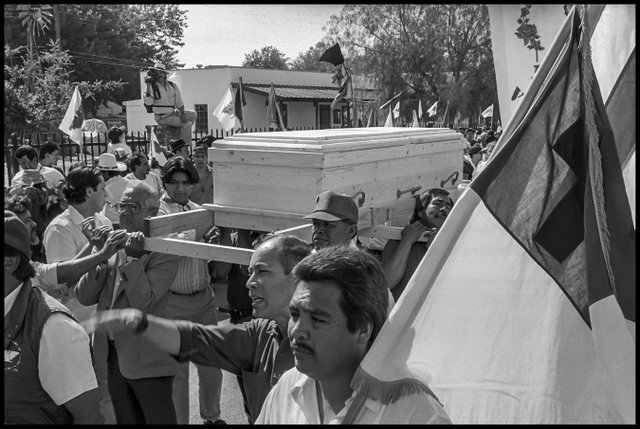 chavez funeral march08.jpg