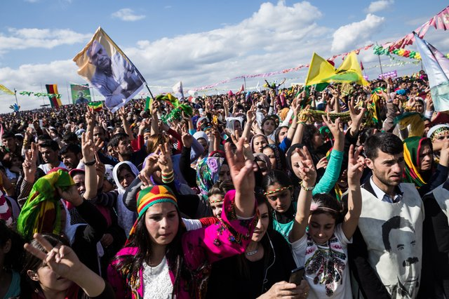 Newroz on the border between Kobane and Suruç