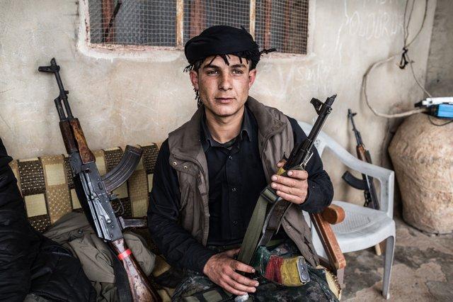 YPG Fighter 2016 (2)