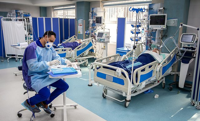 Coronavirus_patients_at_the_Imam_Khomeini_Hospital_in_Tehran,_Iran_--_بخش_ویژه_بیماران_کرونا_در_بیمارستان_امام_خمینی_تهران_--_March_1,_2020.jpg