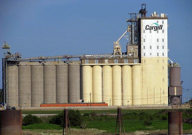 grain-elevator-storage-grain-industry.jpg