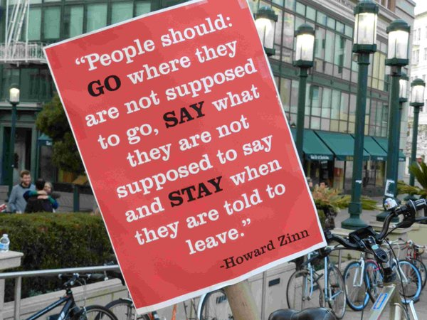 Occupy_Oakland_Nov_12_2011_PM_40.jpg