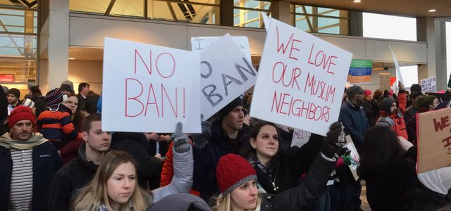 January_2017_DTW_emergency_protest_against_Muslim_ban_-_35.jpg