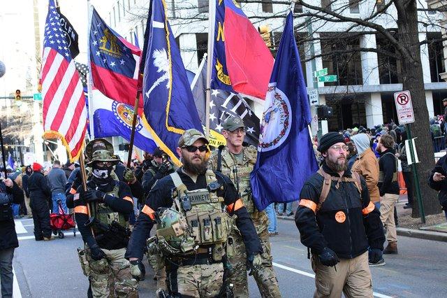 1599px-Virginia_2nd_Amendment_Rally_(2020_Jan)_-_49416381422.jpg