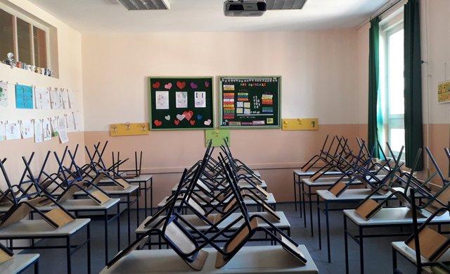 Empty_classroom_2020.jpg