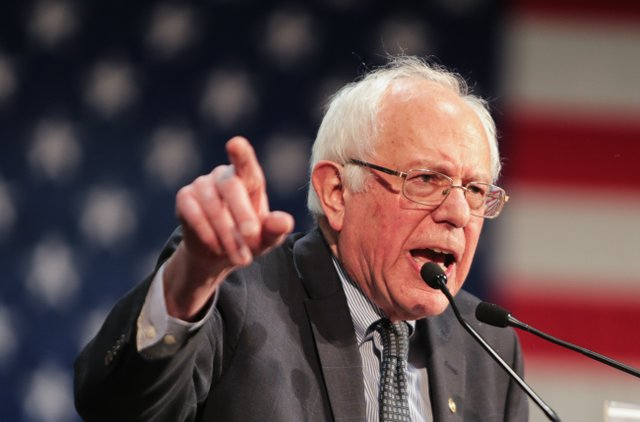Bernie pointing.jpg.jpe