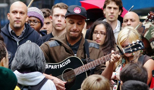 Day_28_Occupy_Wall_Street_Tom_Morello_2011_Shankbone_4.jpg.jpe