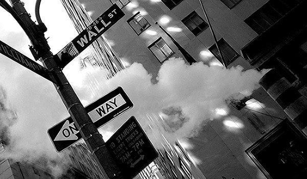 Wall-Street-BW600x350px.jpg.jpe