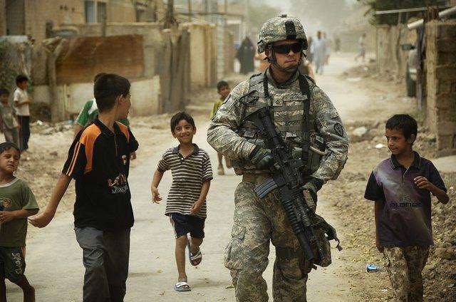 Iraq_patrol.jpg.jpe