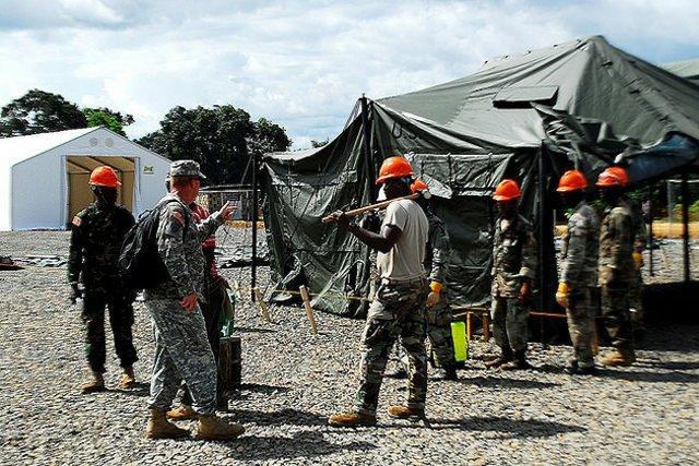 EbolaSoldiers.jpg.jpe