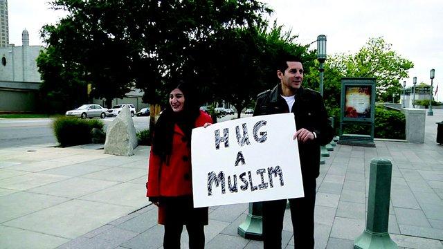 Hug a Muslim.jpg.jpe