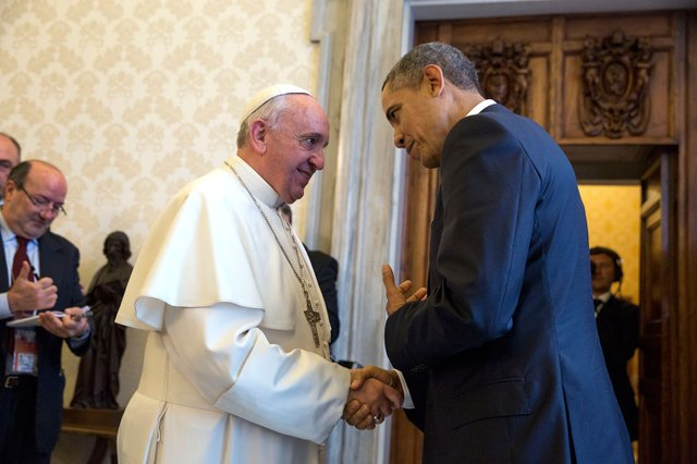 President_Barack_Obama_with_Pope_Francis_at_the_Vatican,_March_27,_2014.jpg.jpe