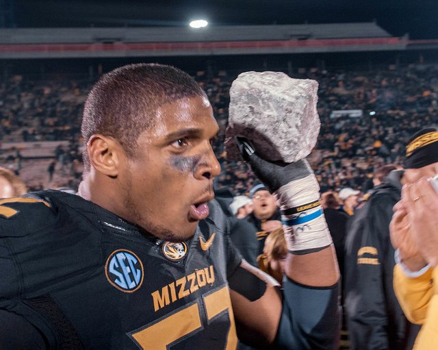 Michael_Sam_final_Mizzou_home_game.jpg.jpe