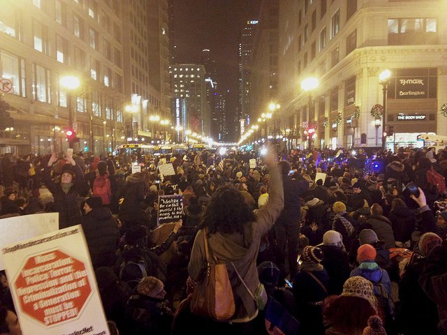 1200px-Eric_Garner_Protest_Chicago_Dec_4_2014.jpg.jpe