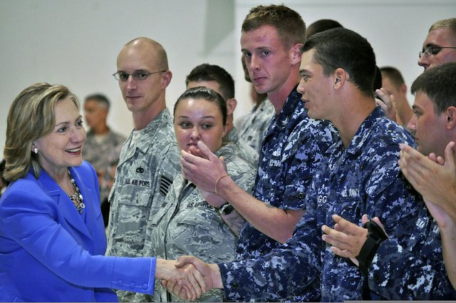 1200px-U.S._Secretary_of_State_Hillary_Rodham_Clinton,_left,_greets_Service_members_after_her_speech_at_Andersen_Air_Force_Base,_Guam_101029-N-QE566-002.jpg.jpe