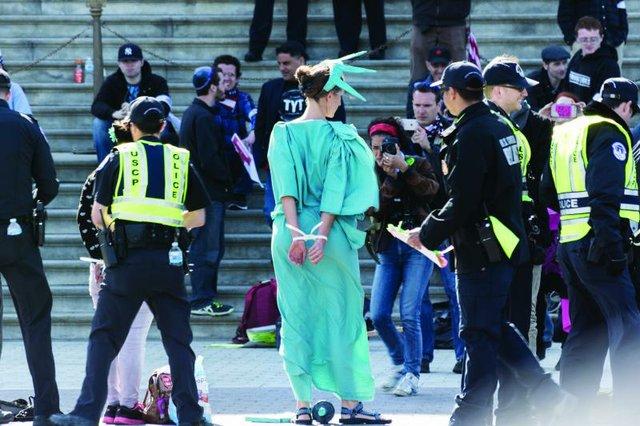 4-11 Democracy Spring-330.jpg.jpe