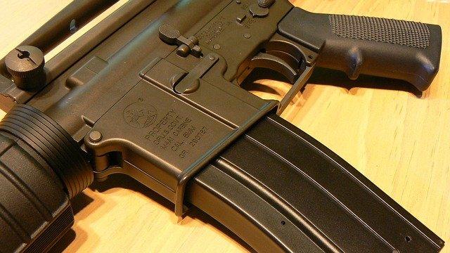 gun-728958_640.jpg.jpe