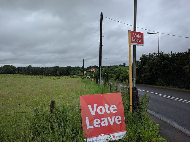640px-Vote_Leave_-_geograph.org_.uk_-_5002468 (1).jpg.jpe