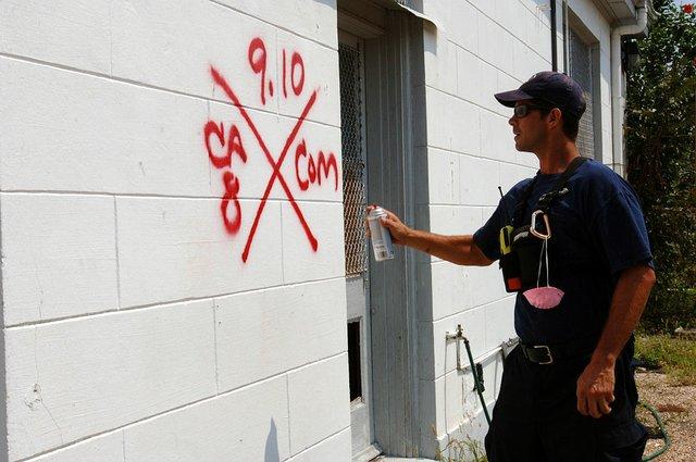 1024px-FEMA_-_17435_-_Photograph_by_Jocelyn_Augustino_taken_on_09-10-2005_in_Louisiana.jpg