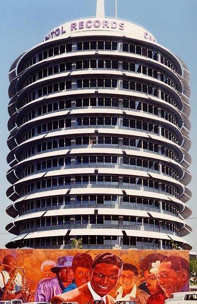 389px-Capitol_Records_Building_LA.jpg