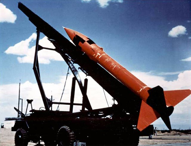 MGR-1_Honest_John_rocket.jpg