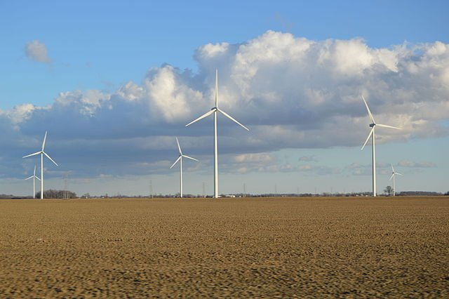 Blue_Creek_Township_wind_farm.jpg