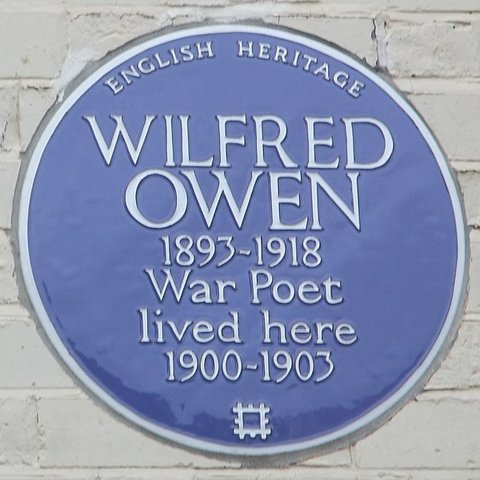 600px-Wilfred_Owen_blue_plaque,_Elm_Grove,_Birkenhead_(cropped).JPG