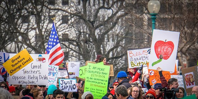 2017.01.29_Oppose_Betsy_DeVos_Protest,_Washington,_DC_USA_00218_(32469002021) (1).jpg