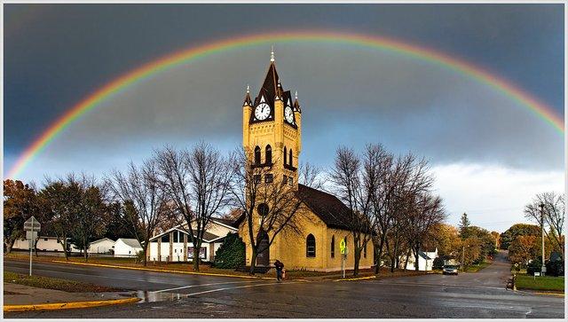 Rainbow_at_Faith_Church.jpg